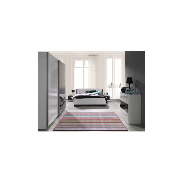 Černobílý nábytek do ložnice z lamina Darvin