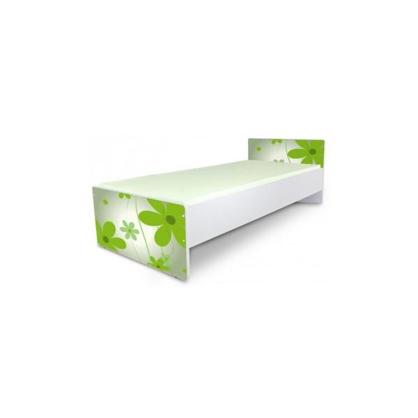 jednolůžková dětská postel se zelenými květy
